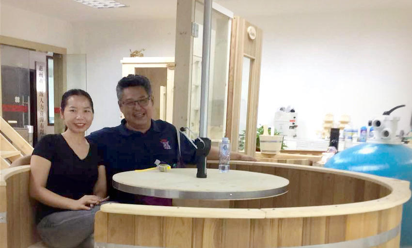 Dated Sep.04th, 2018, One of Thailand customer visit us to check his interested item: Wooden hot tub