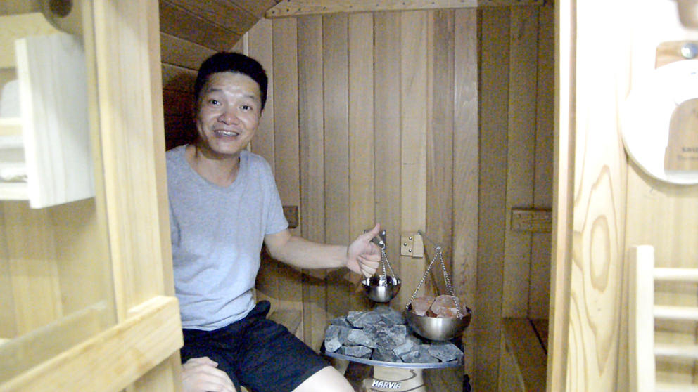 Hot selling outdoor barrel sauna room of Alphasauna